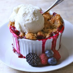 Patriotic Berry Crumble