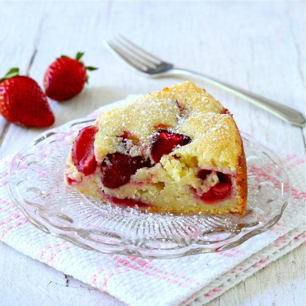 Strawberry-Ricotta Cake